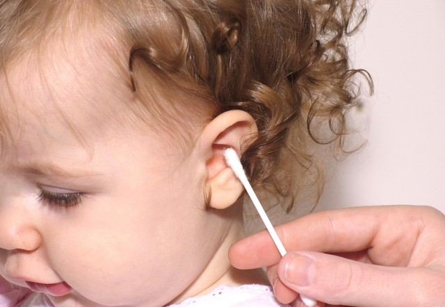 Ráy tai và các biện pháp an toàn để lấy ráy tai